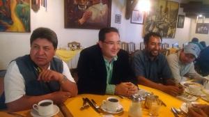 Desayuno con representantes de medios.