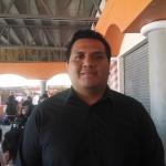 MAURICIO CHAVEZ, ADMINISTRADOR DEL MERCADO.