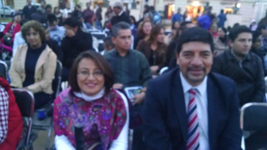 El Presidente de San Cristóbal, Marco Cancino Gonzalez. La regidora Araceli convivieron con la ciudadanía.